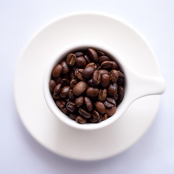 Donk contact - koffiebonen in kopje